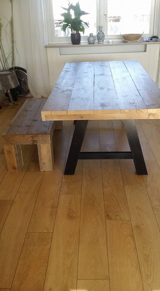 eetkamertafel 90 cm breed tot 300 cm lang met houten a poten r de b meubels op maat. Black Bedroom Furniture Sets. Home Design Ideas