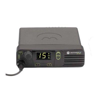 Motorola DM3401 MOTOTRBO uitgebreide professionele digitale mobilofoon (VHF/UHF)