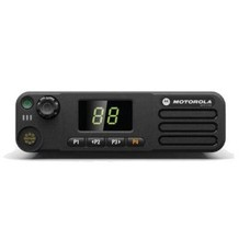 Motorola DM4400 digitale mobilofoon DMR MOTOTRBO