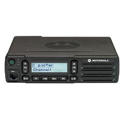 Motorola DM2600 digitale mobilofoon DMR MOTOTRBO met display VHF-UHF