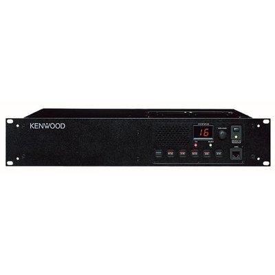 Kenwood TKR-851E UHF repeater en basisstation in 1