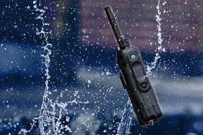 Portofoonaccessoires waaronder portofoon headsets, portofoonbatterijen en meer.