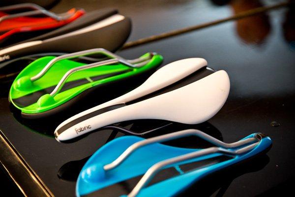 Nieuw: Fabric zadels en accessoires