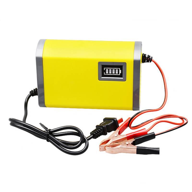 Intelligente LEDauto motorfiets acculader 12 V lader 6A Elektrische auto-oplader ingangsspanning 220