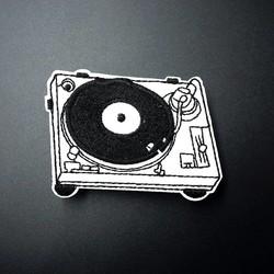 MyXL Muziek Size: 5.1x7.0 cm Geborduurde Patch voor Kleding Ijzer op Naaien Applique Leuke Stof Kleding Schoenen Tassen decoratie Patches