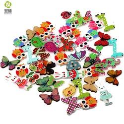 MyXL ShuanShuo Cartoon Printing Houten Knoppen Hand Gedrukt DIY Sieraden Kleurrijke Gemengde Hout Knoppen Voor Hoed, schoenen, kleding 50 Stks/zak