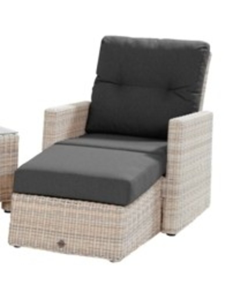 Casa Outdoor Loungechair Catania in Elzas wicker