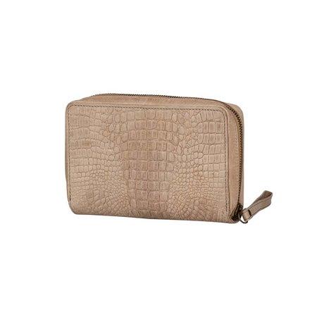 BURKELY  Croco Chloe Travel Wallet Zand