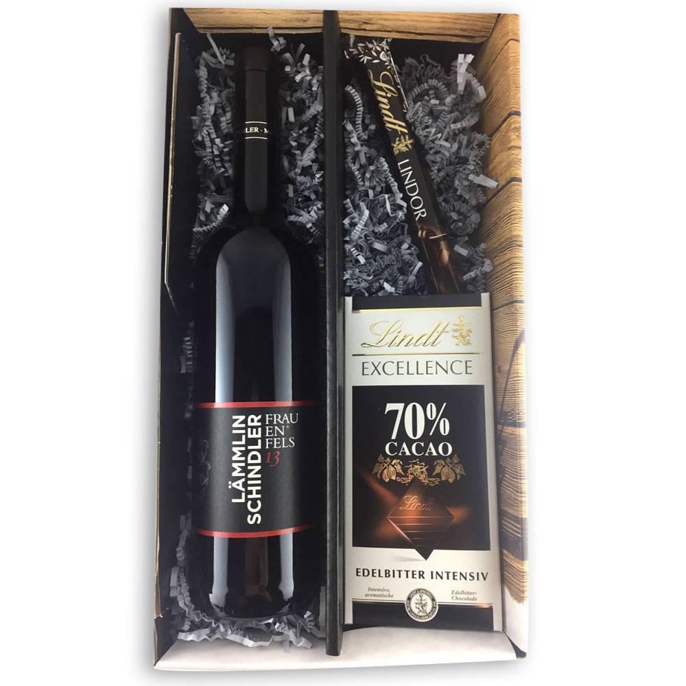 wein schokolade geschenkset cabernet pinot trifft auf dunkle schokolade markgr fler. Black Bedroom Furniture Sets. Home Design Ideas