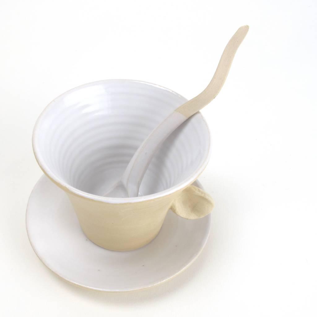 Atelier Oker Koffiekop & schotel Luistervink