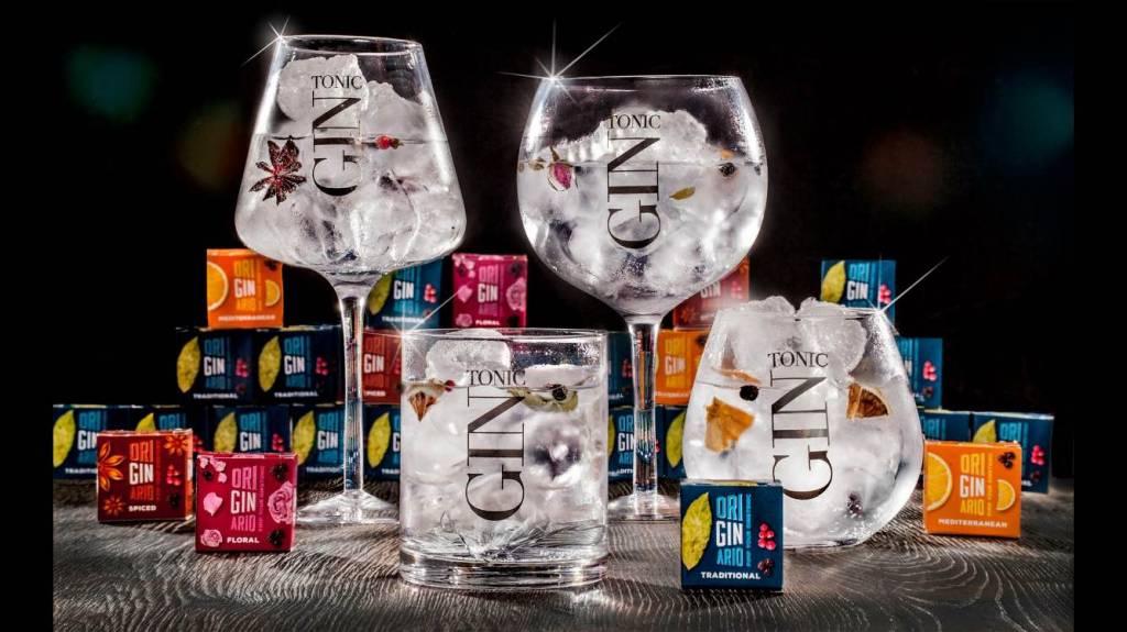 J-Line Gin glazen en kruidendoosjes geschenkdoos