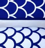 Made by Mimi Kussen print blauw grafisch