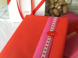 'Love' Giftwrapping