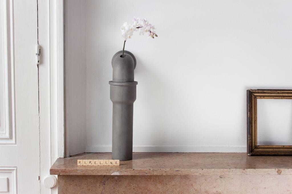 Lyon Béton Pipeline stem vase Small