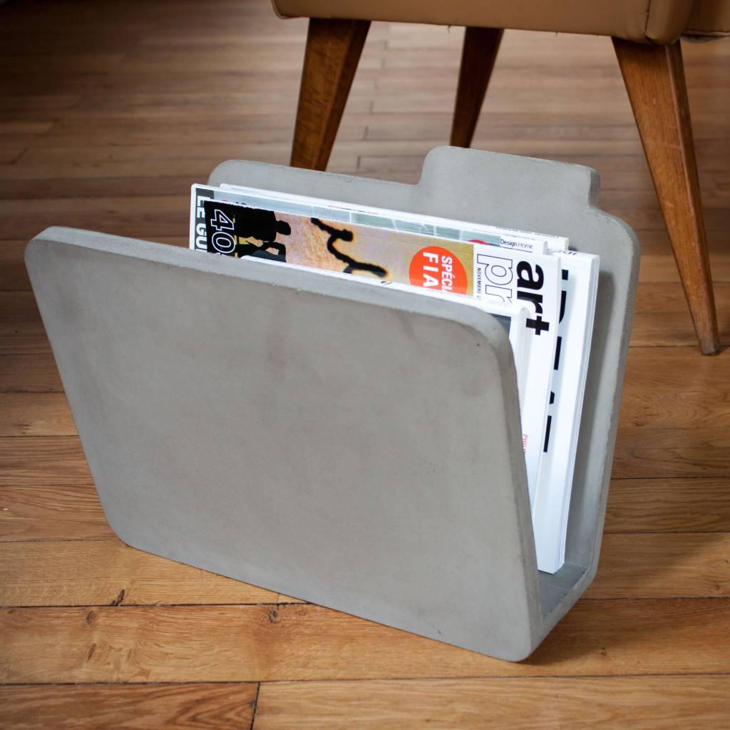 Lyon Béton Doc - concrete magazine rack