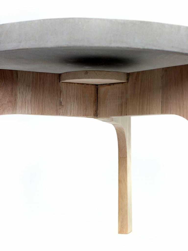Serax Side table round Concrete & Oak