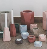 Atelier Pierre Facet Flower pot concrete marsala