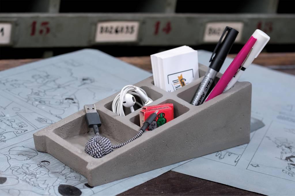 Lyon Béton Blockwork Desk organiser