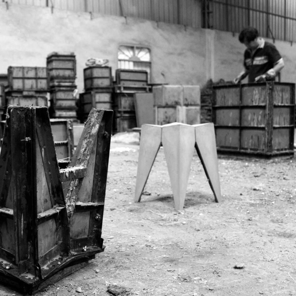 Hoe onderhoud je de betonnen meubelen?