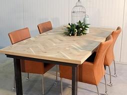 La Boutique Blanche Dining table Metallic - Copy