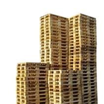 15 x Industriele Pallets Gebruikt met 7 deklatten
