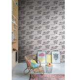 Dutch Wallcoverings Exposed Warehouse steen/letters wit