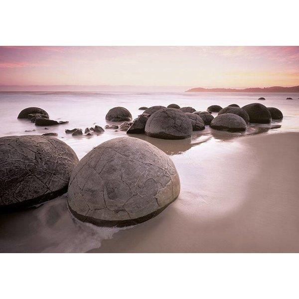 Dutch Wallcoverings Wizard & Genius fotobehang Moeraki boulders