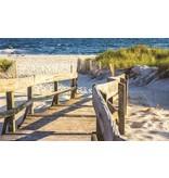 Dutch Wallcoverings Fotobehang Steiger aan het strand