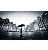 Dutch Wallcoverings Fotobehang Meisje met paraplu