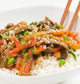 Ossenhaas met sesam, groenten en rijst