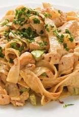Macaroni met kip, groenten & paprikaroomsaus