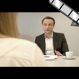 """Video """"Facebook 1, Keine Posts über Kunden"""" szenisch"""