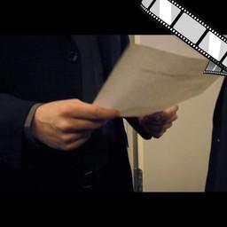 """Video """"Dokumente schreddern, Sicherheitsklassen werden beachtet"""" szenisch"""
