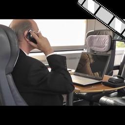 """Video """"Telefonieren im ICE"""" szenisch"""