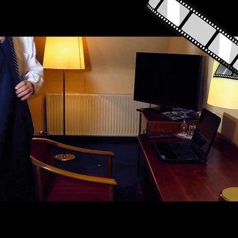 """szenisches Video """"Nichts im Hotelzimmer liegen lassen"""""""