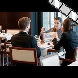 """Video """"Business Lunch, Gespräch über Kunden"""" szenisch"""