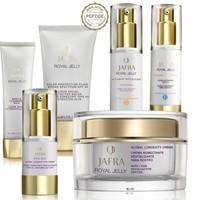 Jafra Royal Jelly Beauty Box 1