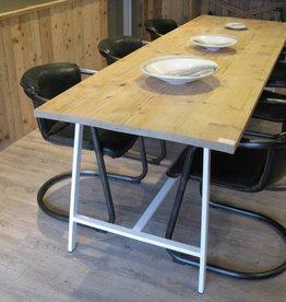 Bcdesignwood Industriele Tafel met Steigerhouten blad KLOOSTER