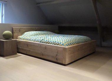 Steigerhout bedden - Plezier  en uitnodigend !!!