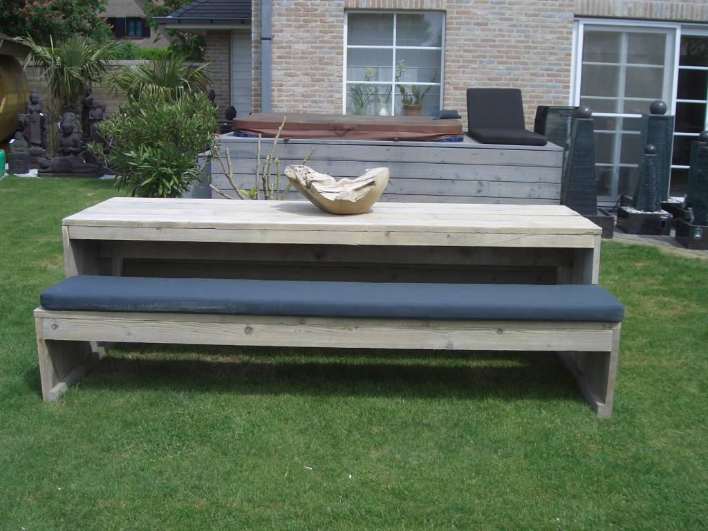 Garden furniture scaffolding wood picnic bcdesignwood wood with a heart