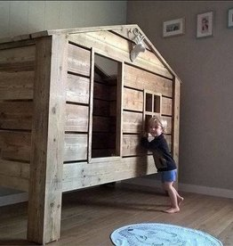 Flicka & Pojke kindercollectie bed paalwoning in steigerhout matrasmaat 90x200 cm