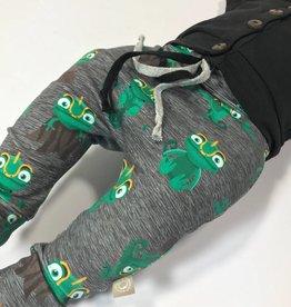 Crazy Chameleon / drop crotch