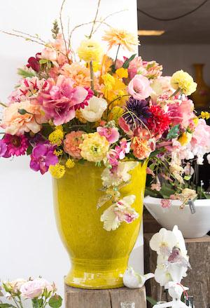 Vaas geel Flowerfeldt