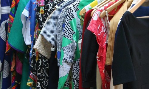 How to make cleaning out your clothing closet a piece of cake!