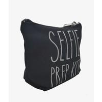 Make-up bag selfie