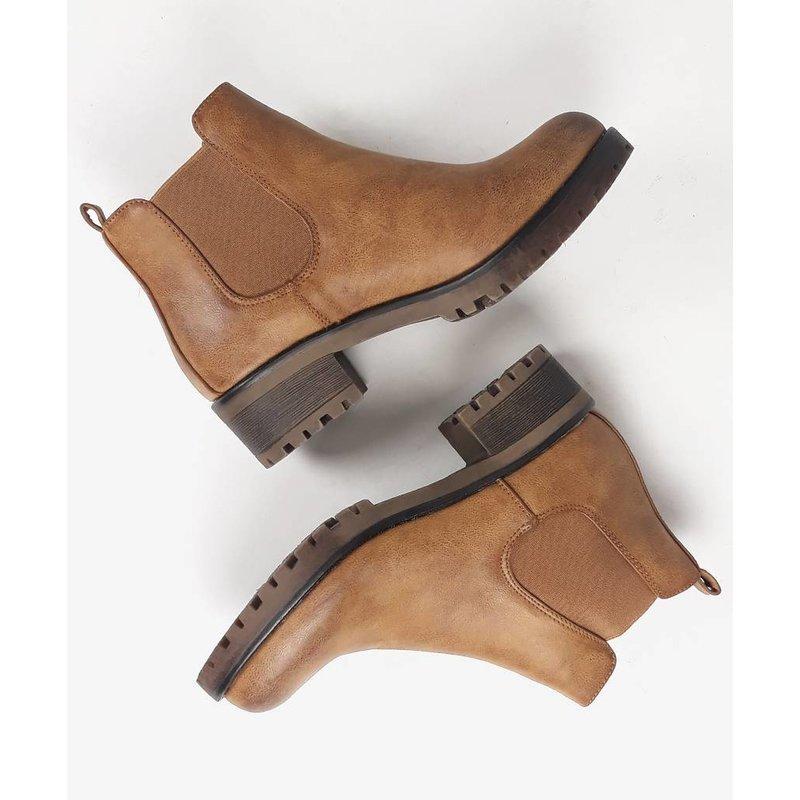 Powder cognac boots