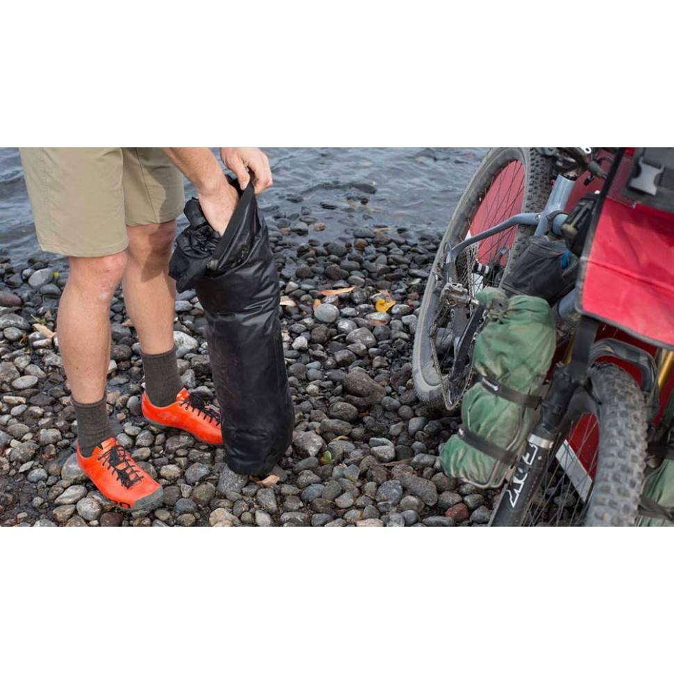 Blackburn Outpost Handlebar Roll & Dry Bag