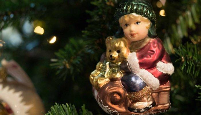 Glas Ornamente