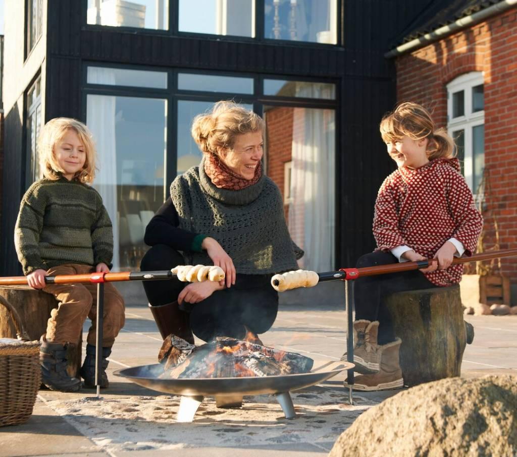 Bon-Fire houder voor broodstok en vleespen