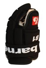 B-1 Guanti da hockey, competizione